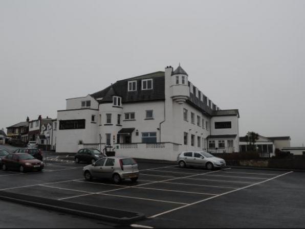 Kinloch Hotel
